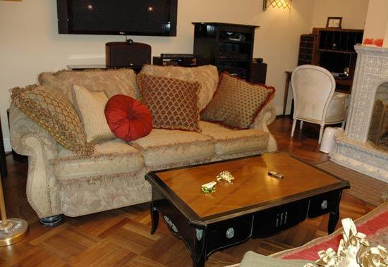Резная мебель из Франции - посудный шкаф и стол - Royalwood